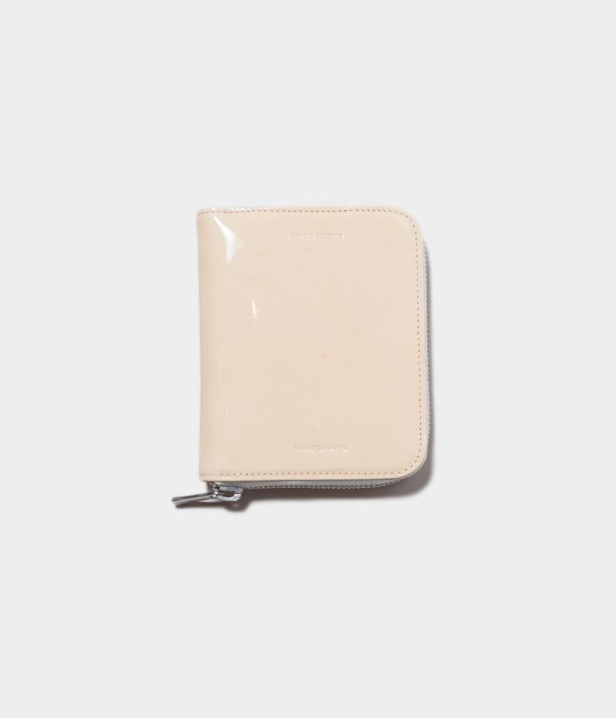 Hender Scheme エンダースキーマ patent natural square cow leather パテントレザースクエアジップウォレット