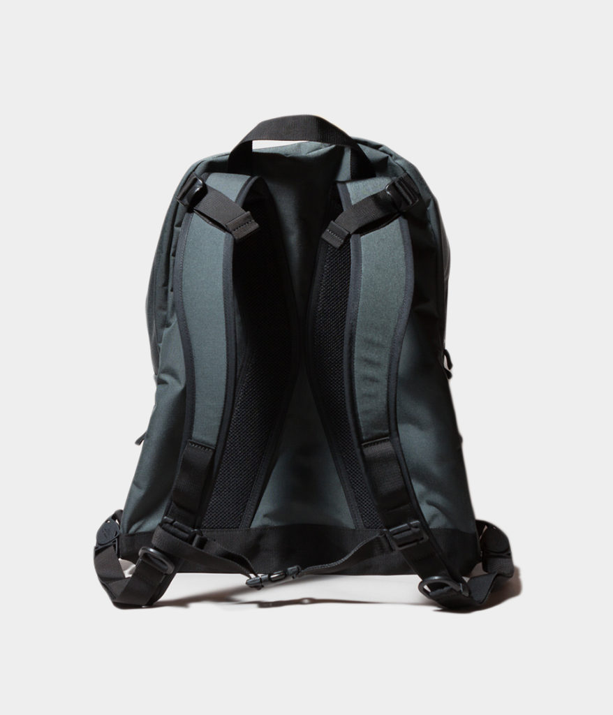 BAGJACK バッグジャック DAYPACK M BI-COLOR デイパックM バイカラー 通販